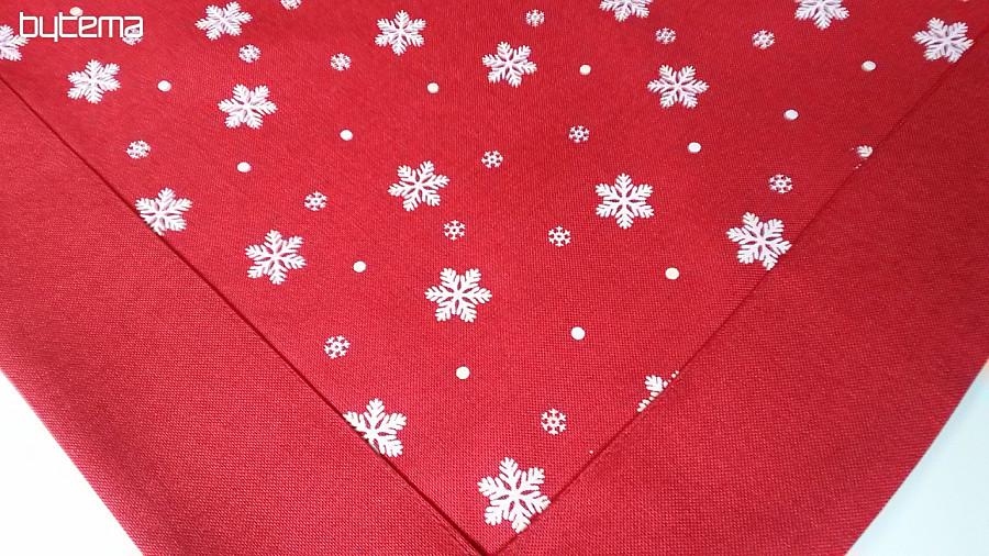 4dd537d06f6 Vyšívaný vánoční ubrus a šály Vločky červené